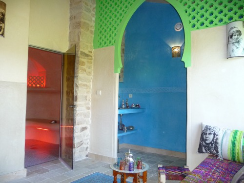 view of the hammam and entrance to shower